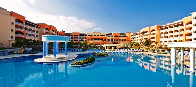 Complete AllInclusive Vacation Packages United Vacations - All inclusive resorts montego bay