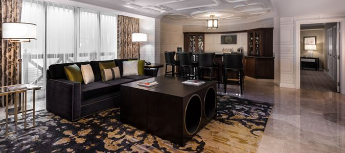 Julius Executive Suite
